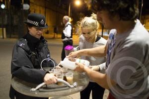 Tee für die übermüdete Polizei