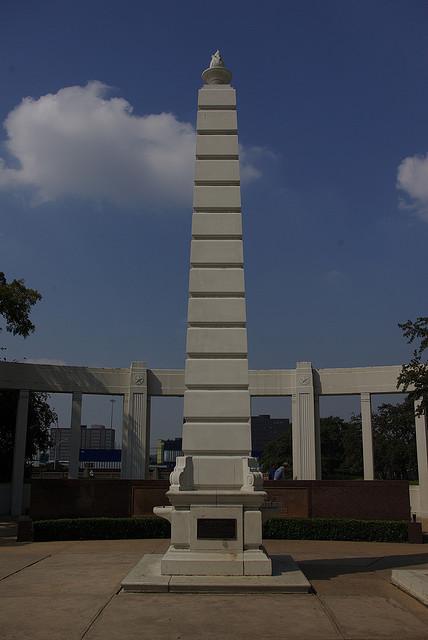 obelisk_flame