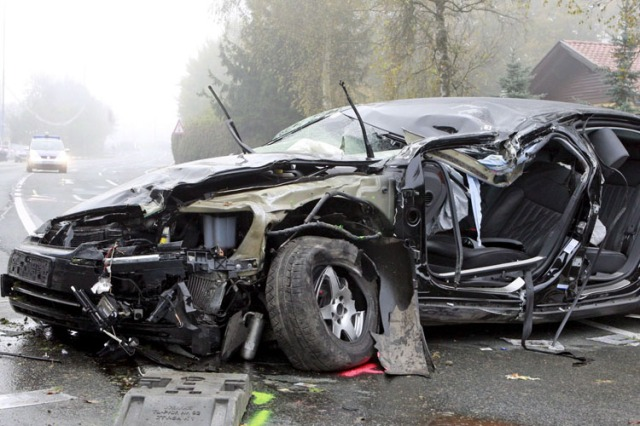 Österreichischer Rechtspopulist Jörg Haider bei Autounfall getötet