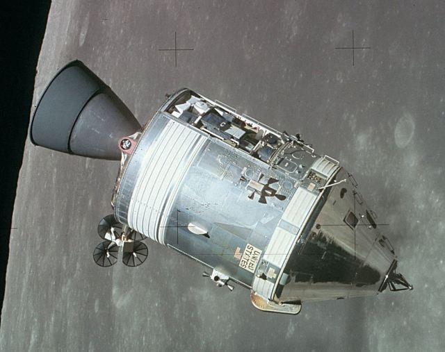 Apollo_CSM_lunar_orbit