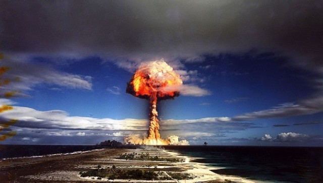 atomic-bomb-test1-660x375